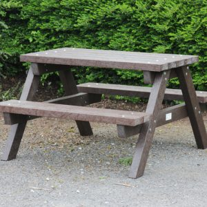 Brosna Picnic Table