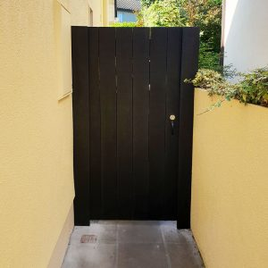 Side Gates p01