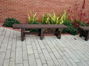 garden bench p1