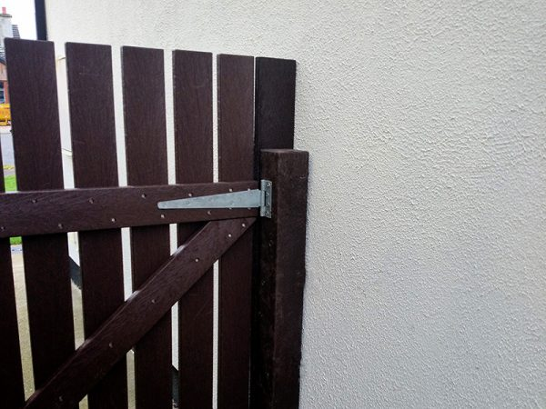 recycled plastic gates 1