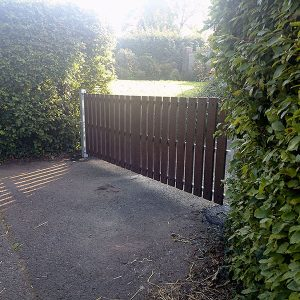 recycled plastic gates photo91
