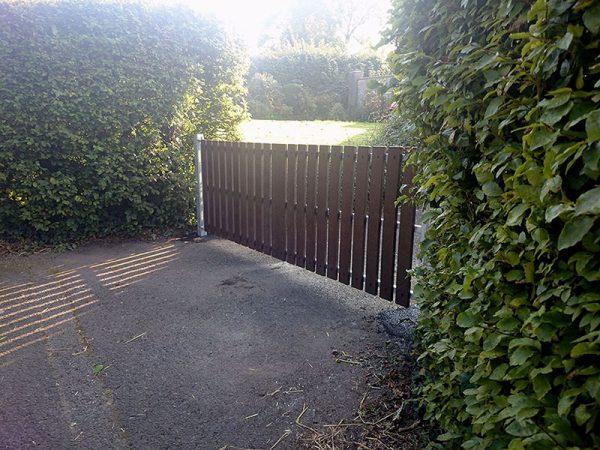 recycled plastic gates photo91