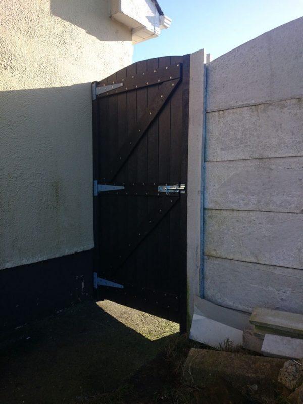 side gates photo 5 768x1024