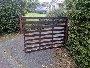 recycled plastic gates photo2